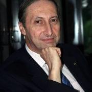 Management Consultant Mike Eldon